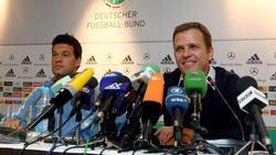 Alte Weggefährten: Oliver Bierhoff (r.) und Michael Ballack