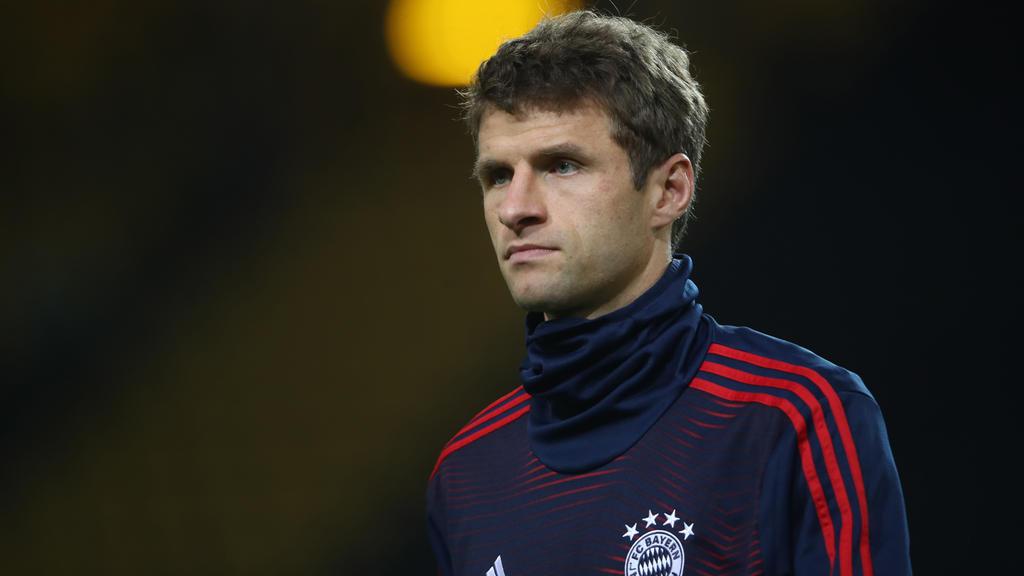 Thomas Müller kann den Elfmeterpfiff für Düsseldorf nicht nachvollziehen