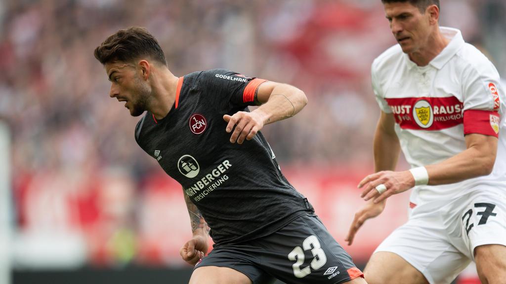 Tim Leibold ist Kandidat beim VfB Stuttgart