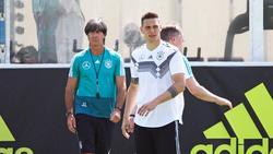 Joachim Löw steht im engen Austausch mit Niklas Süle vom FC Bayern