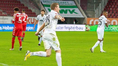 Der FC Augsburg besiegt Mainz 05
