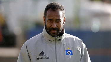 HSV-Trainer Daniel Thioune musste mit seinem Team die erste Saison-Niederlage hinnehmen