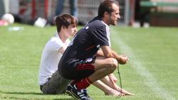 Mehmet und Lucas Scholl beim Training des FC Bayern II im Jahr 2012