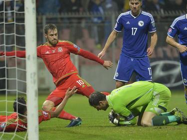 Para los galeses el partido en Bosnia fue una noche histórica. (Foto: Getty)