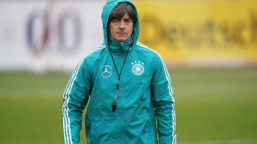 """Bundestrainer Joachim Löw sieht """"Probleme auf einigen Positionen"""""""