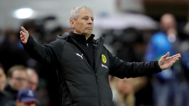 BVB-Trainer Lucien Favre lässt sich von der gewonnenen Herbstmeisterschaft nicht beirren