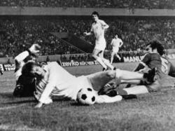 CL-Finale 1975: Beckenbauer vs. Clarke