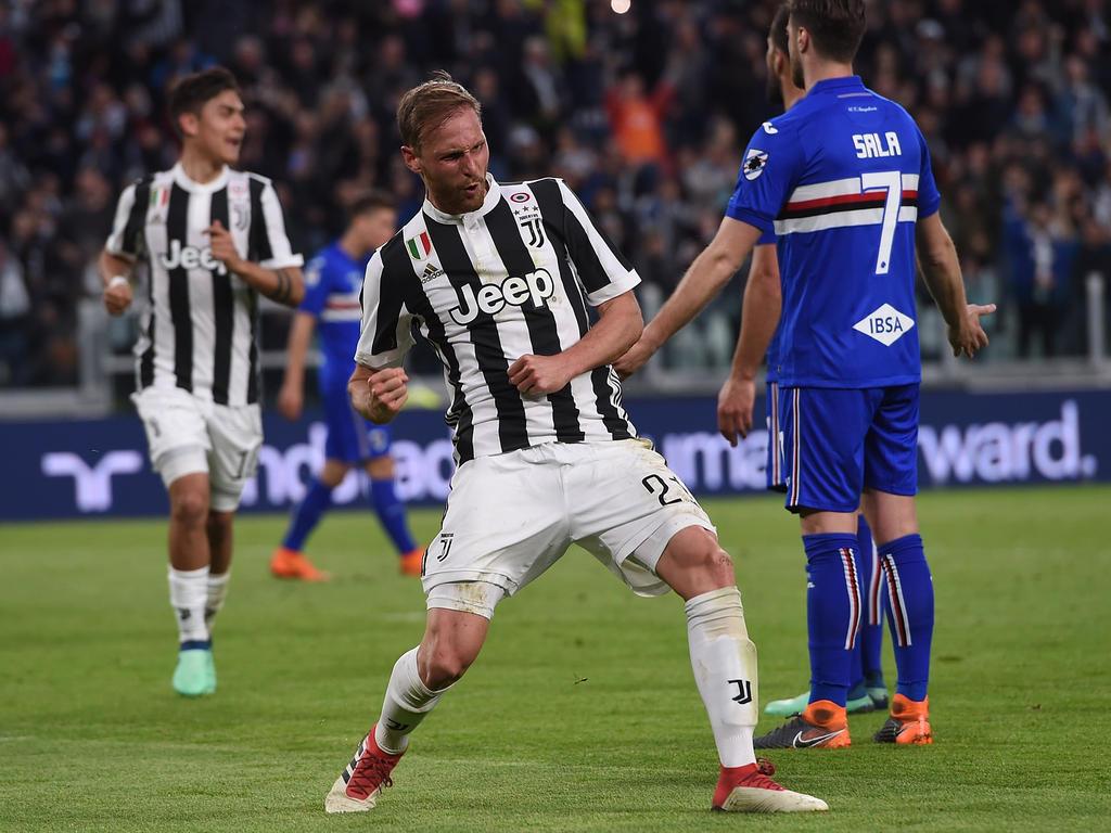 Benedikt Höwedes jubelt über seinen ersten Treffer im Juve-Dress