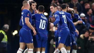 El Chelsea cumplió en su campo en la despedida de Cesc. (Foto: Getty)