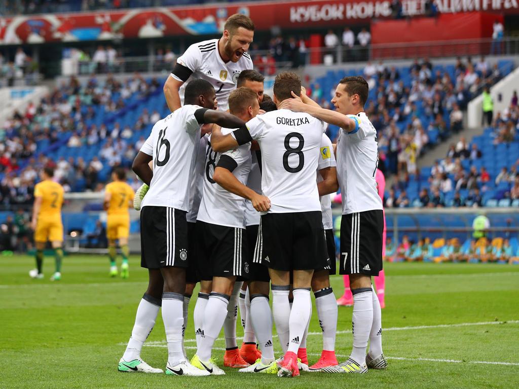 Das deutsche Team bejubelt den Treffer zum zwischenzeitlichen 1:0