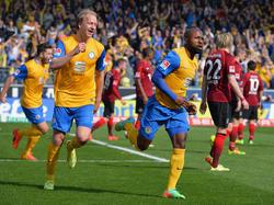 Frühe Freuden im Derby