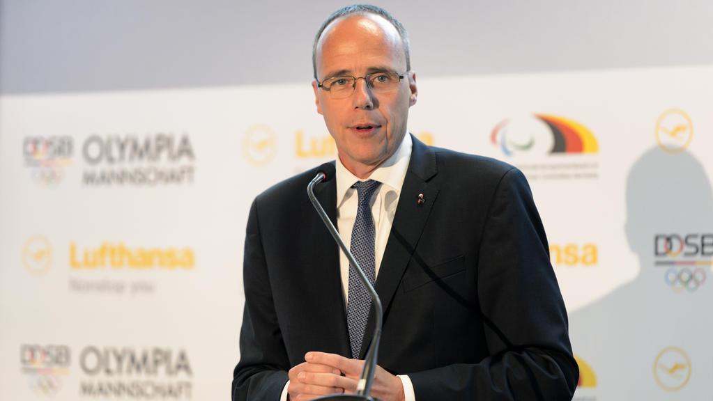 Peter Beuth erhöht den Druck auf die Bundesliga-Klubs