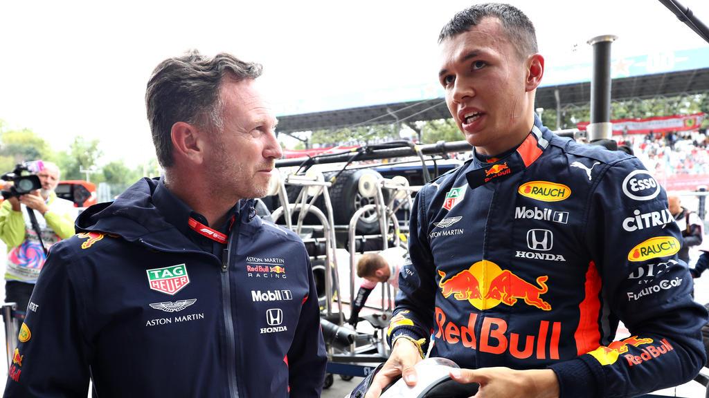 Alex Albon (re.) kassiert ein dickes Lob vom Red-Bull-Teamchef