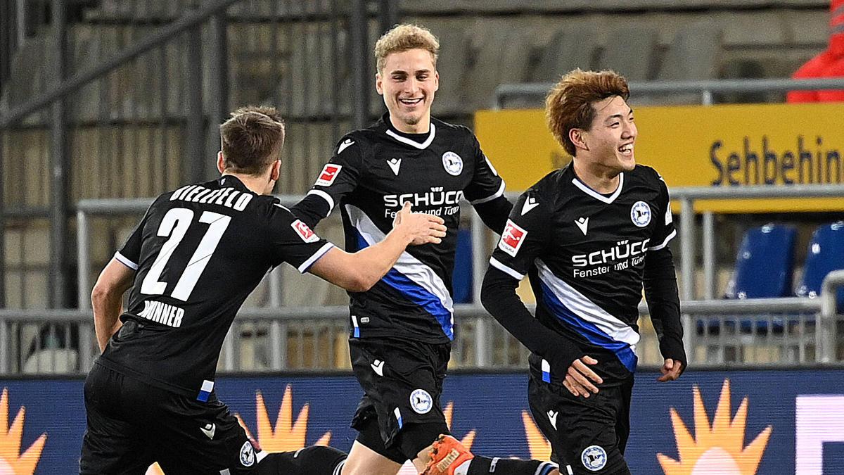 Doan (r.) zeigte eine starke Partie für Arminia Bielefeld