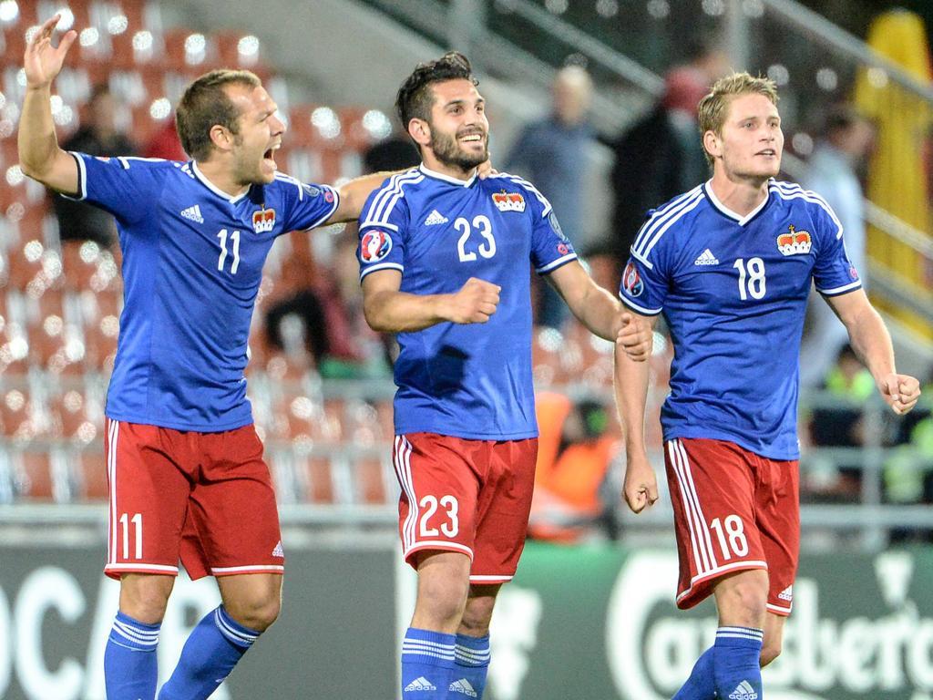 Michele Polverino (m.) blickt mit Liechtenstein einem Duell mit Österreich entgegen