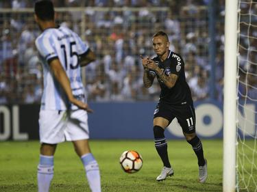 Everton celebra su gol contra el Atlético Tucumán. (Foto: Getty)