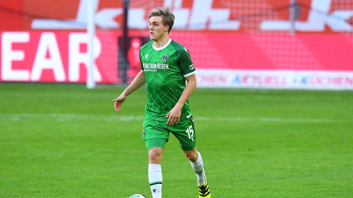 Timo Hübers wechselt wohl nicht zum FC Schalke 04