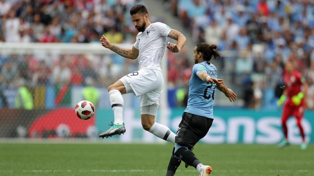 Die Anfangsphase zwischen Uruguay und Frankreich ist heiß umkämpft