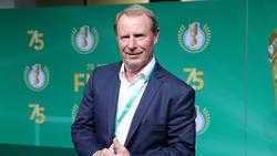 Erfreut über den Auftritt der deutschen Fußball-Frauen: Ex-Bundestrainer Berti Vogts