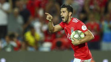 Pizzi lideró la goleada del Benfica con un doblete.