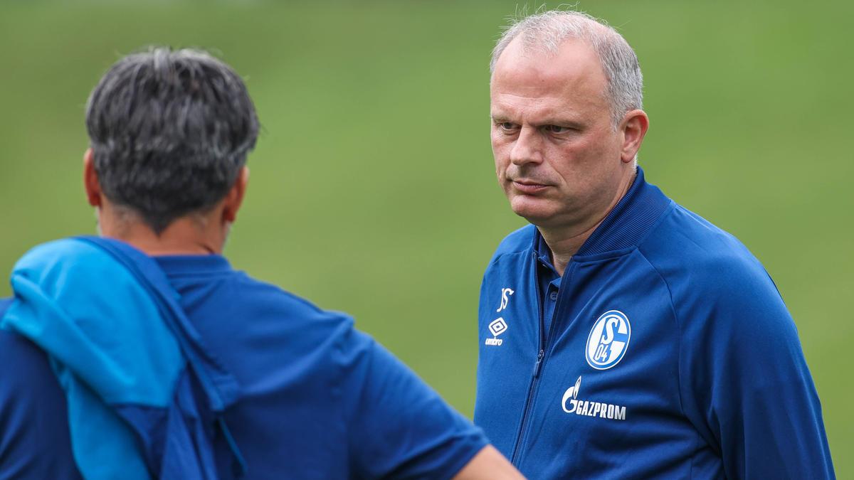 Jochen Schneider und der FC Schalke 04 sind die Leidtragenden des Pokal-Chaos