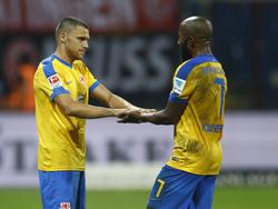 Mirko Boland und Domi Kumbela bleiben über die Saison hinaus in Braunschweig