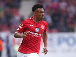 Karim Onisiwo verlängerte bei Mainz 05