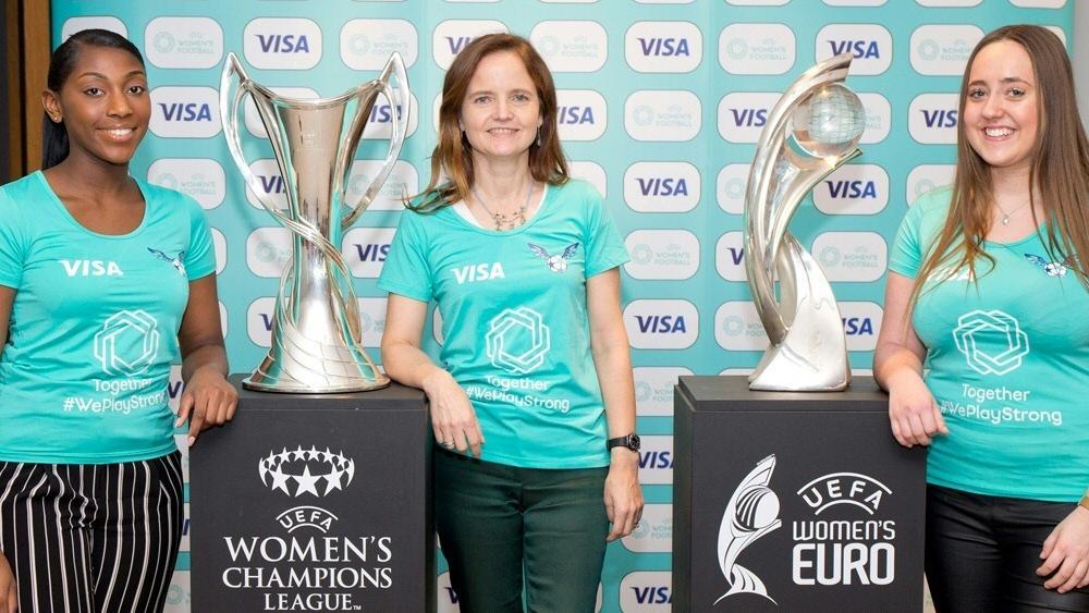Historischer Tag für den Frauenfußball