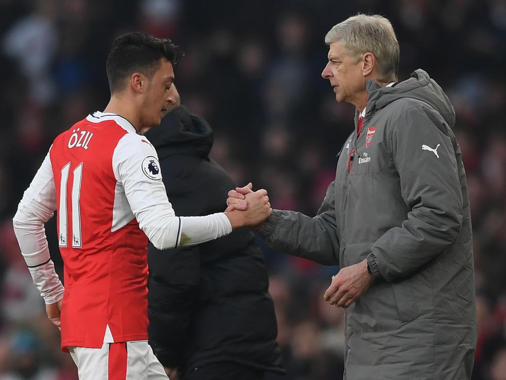 Verlässt Mesut Özil den FC Arsenal im Winter?