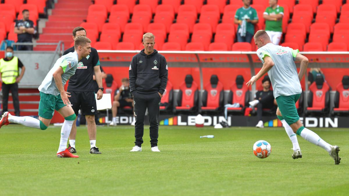 Weiser (l.) und Ducksch (r.) wechselten Ende August ins Team von Werder-Trainer Anfang (M.)
