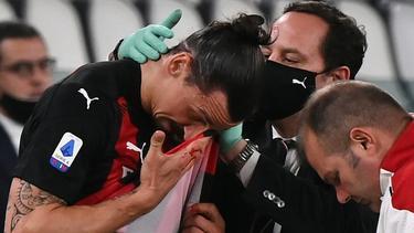Der AC Mailand sorgt sich um Zlatan Ibrahimovic (l.)