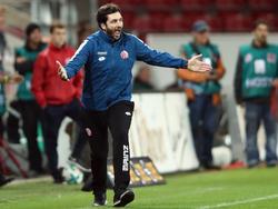 Sandro Schwarz will sich von der Negativserie des HSV nicht blenden lassen