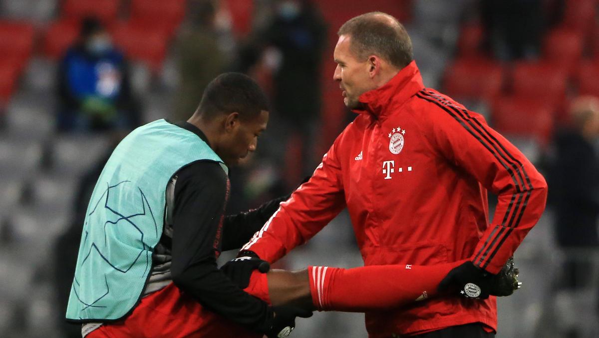 Dr. Holger Broich (r.) warnt vor der hohen Belastung beim FC Bayern