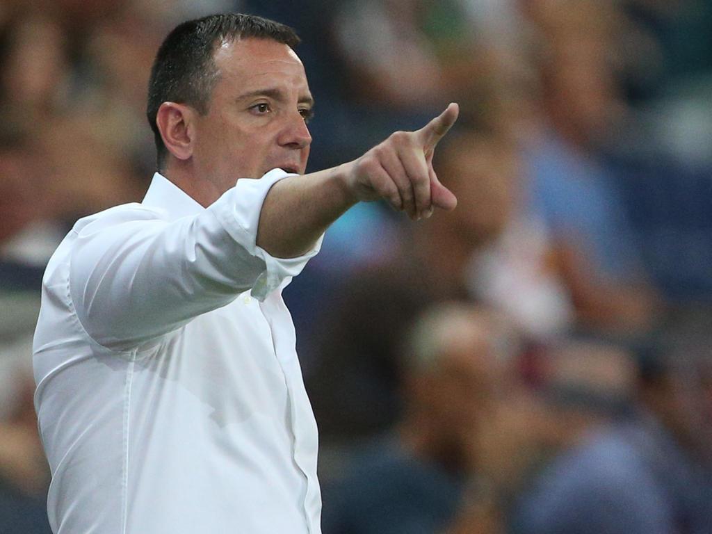 Dinamo-Trainer Vuk Rašović darf sich über einen Dreier freuen