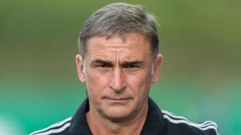 Stefan Kuntz bemängelt zu wenig Einsatzzeit seiner Jung-Profis in ihrenKlubs