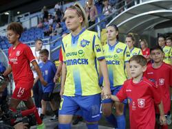 """Isabelle Meyer ist mit den """"Wölfinnen"""" gegen Twente ausgeschieden"""