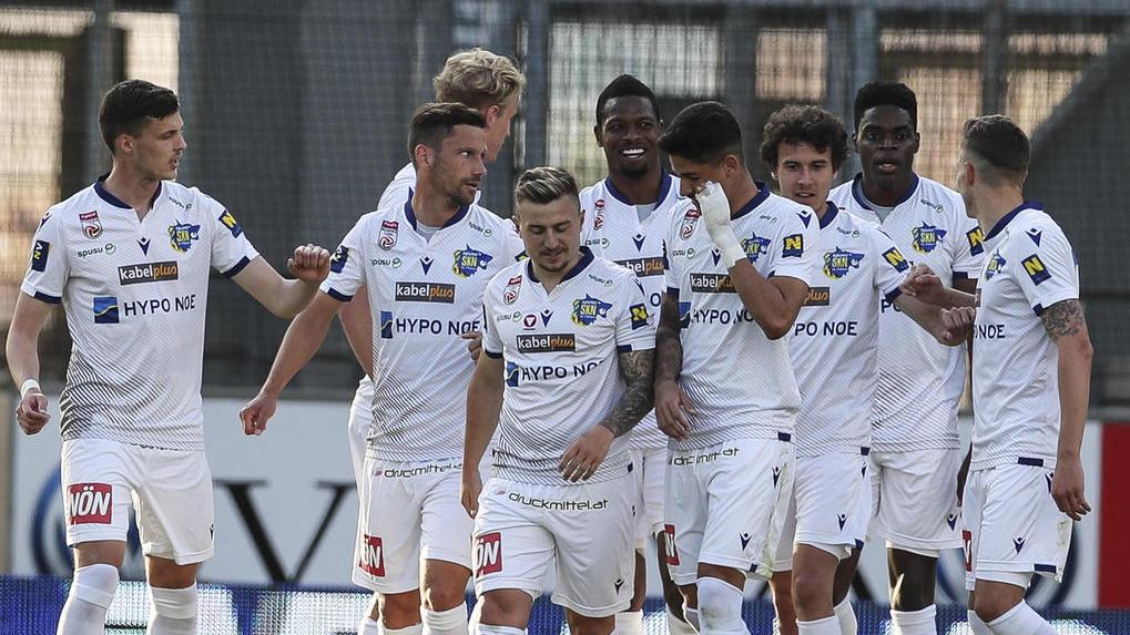 In Österreich wurde wieder Fußball gespielt