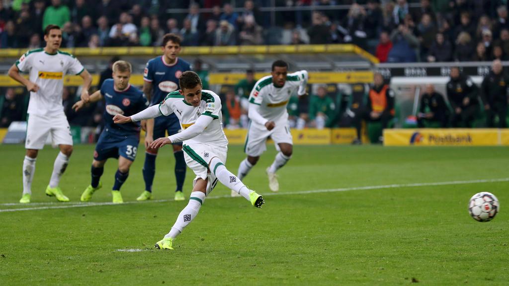Thorgan Hazard verwandelte den Elfmeter zum 1:0 für Gladbach