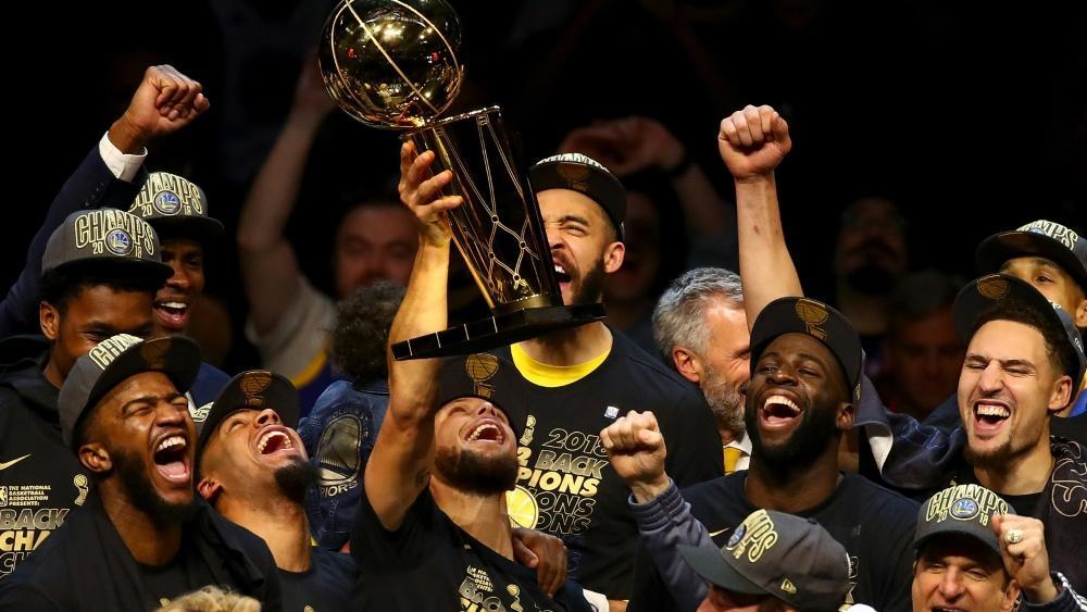 Golden State Warriors als Sportperson des Jahres ausgezeichnet