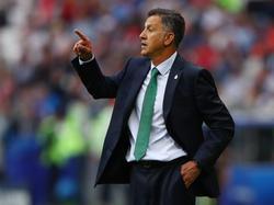 Osorio sufrió mucho en la banda con el partido de los suyos. (Foto: Getty)