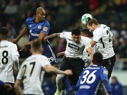 Naldo rettete Schalke 04 ein Remis bei Eintracht Frankfurt