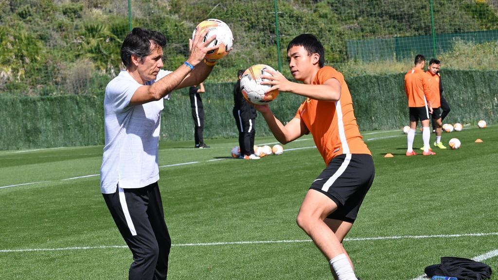 外逃后,中国橄榄球队主场再次冲上来避免病毒