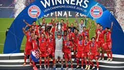 Der Moment des Triumphes! Manuel Neuer reckt die Champions-League-Trophäe in die Höhe