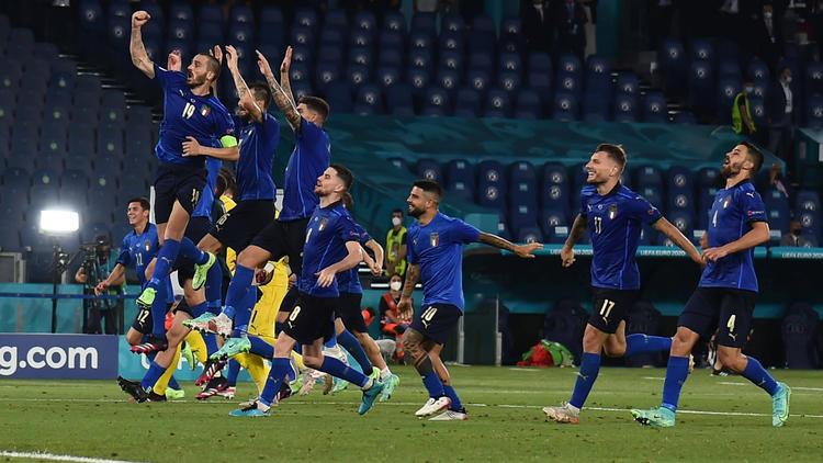 Italien steht im EM-Achtelfinale