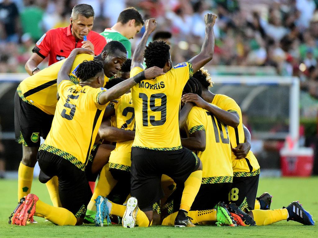 Großer Jubel bei Jamaika nach dem späten Siegtreffer gegen Mexiko
