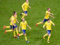Schwedens Spieler feiern die WM-Teilnahme