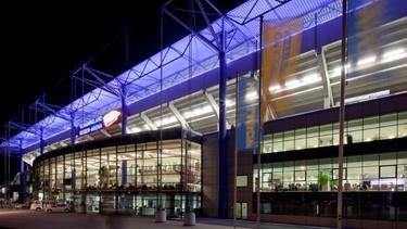 Das Stadion des MSV Duisburg hat einen Schaden am Dach