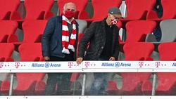 Zu Gast im Stadion: Franz Beckenbauer (rechts)
