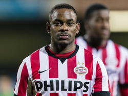 Elvio van Overbeek is teleurgesteld na de nederlaag van Jong PSV bij FC Eindhoven. (23.2.2015)