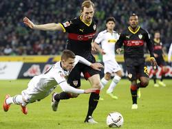Verlässt den VfB Stuttgart: Abwehrrecke Georg Niedermeier (r.)